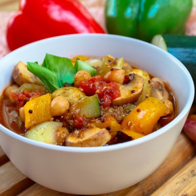 Feuriger Gemüsetopf mit Quinoa