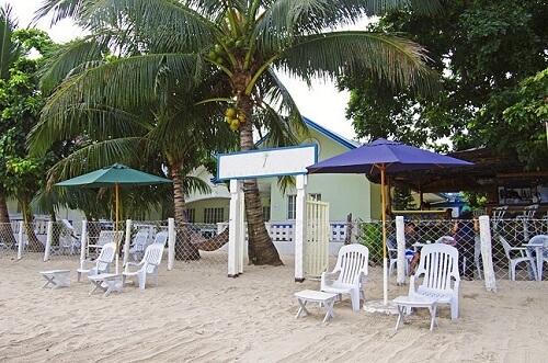 Entree vanaf het strand, Hotel B01 El Nido