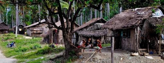 Mangyan dorp, de oorspronkelijke bewoners van Mindoro, Filipijnen