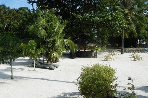 Strand Hotel B11 - Samal Island, Davao Region, Mindanao, Filipijnen
