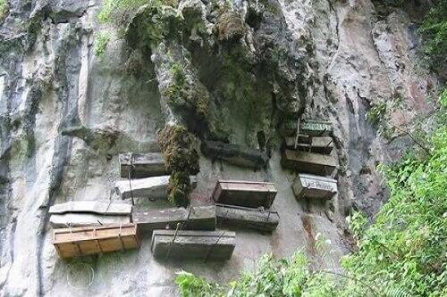 Hangende Doodskisten - Echo Valley, Sagada, Mountain Province, Luzon, Filipijnen