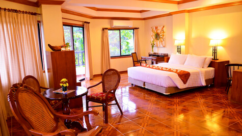 Semi-Suite - Courtyard Wing, Resort M11 - Mactan Island, Cebu, Filipijnen