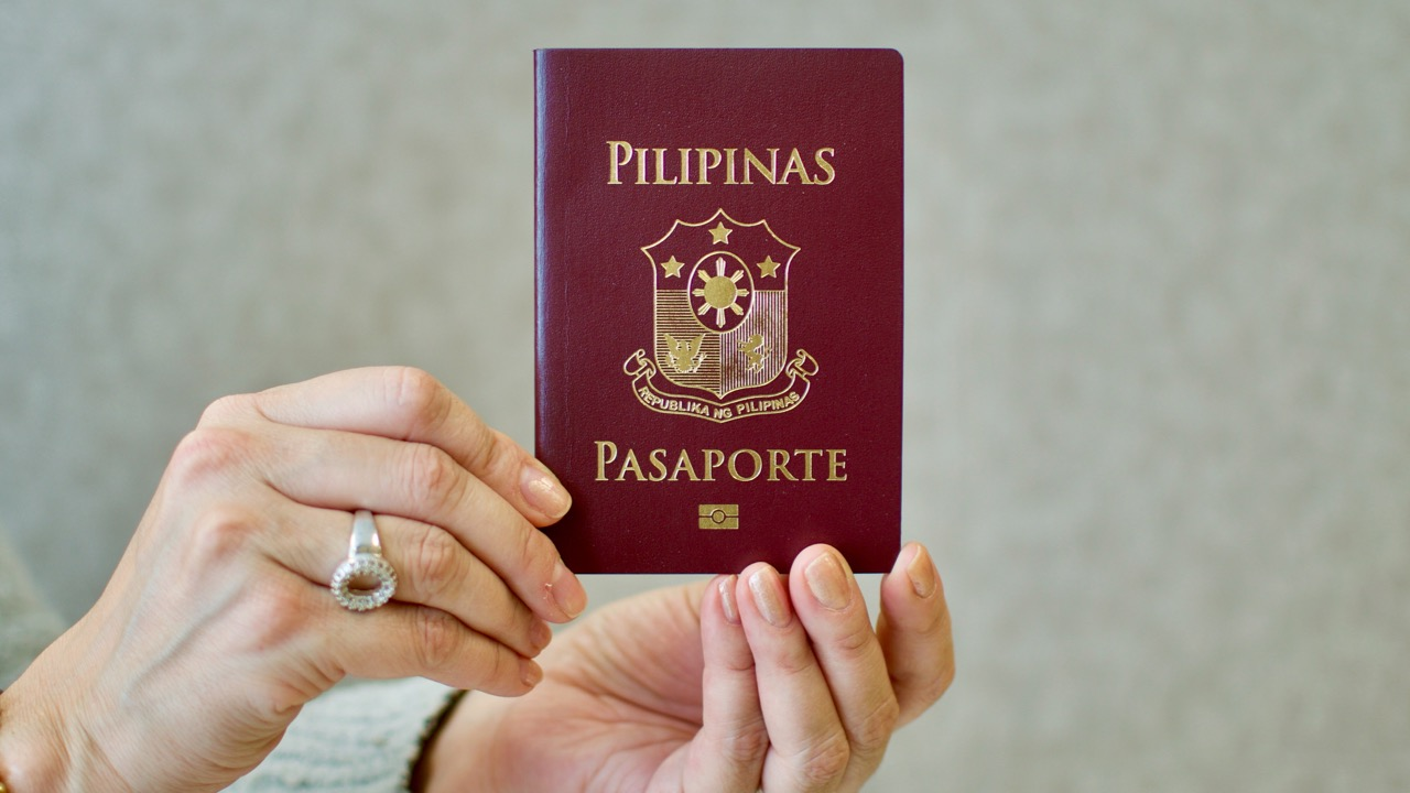 How to renew Philippine Passport in Canada (Embassy, Consulates