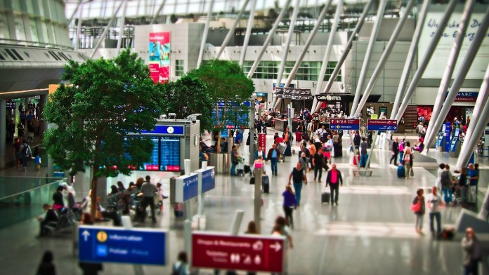 airport to canada