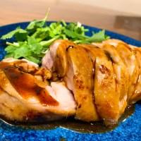 【超おすすめ】安い鳥もも肉が超簡単に絶品鶏チャーシューに変わる低温調理レシピが完成。
