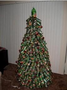 albero natale - lattine di birra