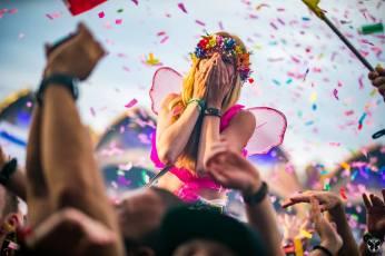 Tomorrowland-People