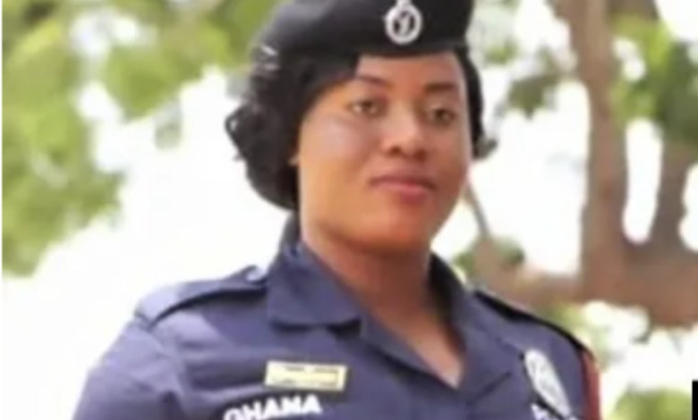 Policewoman shot by a soldier