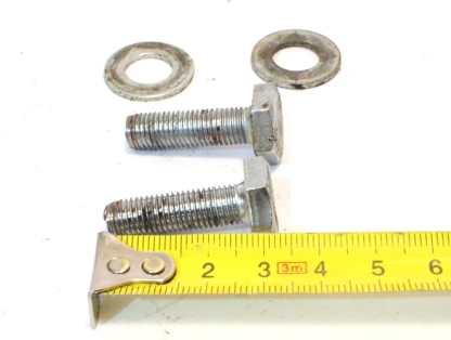 Sugino 15mm kammen kiinnityspultit