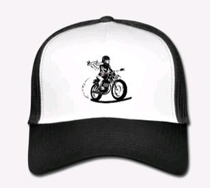casquette moto femme fille au guidon
