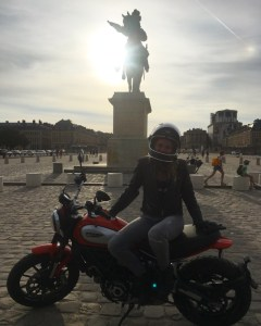 Ma recommandation de Fille Au Guidon sur la gamme motos Ducati A2 : la Scrambler 800