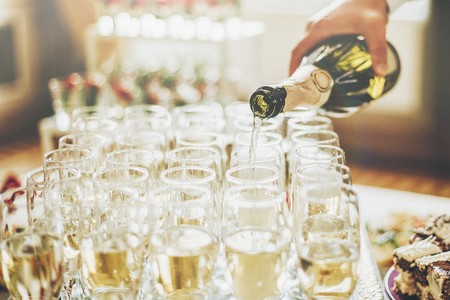 champagne drinks reception - warwickshire wedding venue - midlands wedding venue - exclusive hire