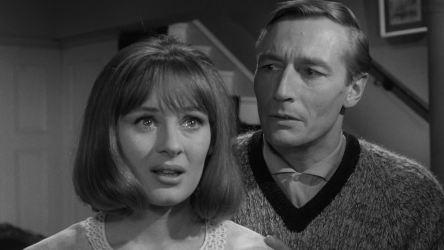 Unearthly-Stranger-1963-3