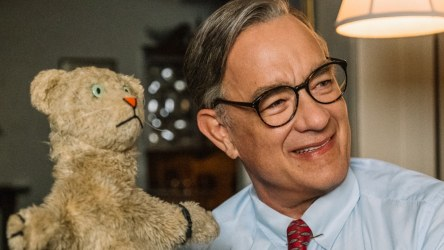 tom-hanks-mister-rogers-review