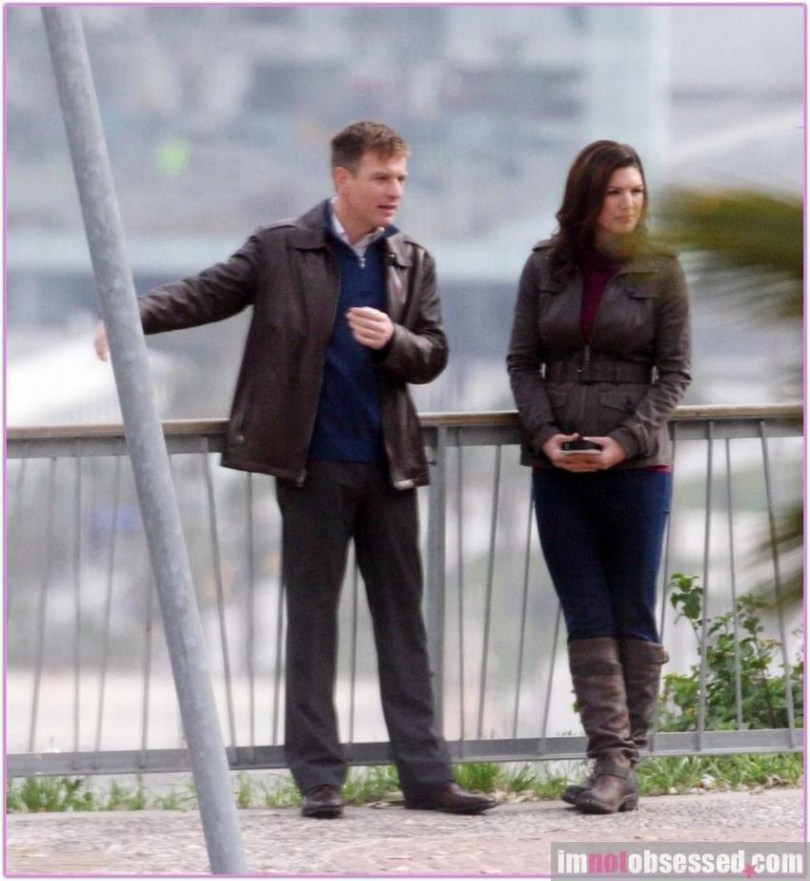 Ewan McGregor Gina Carano Haywire 2011 Set Photos 11