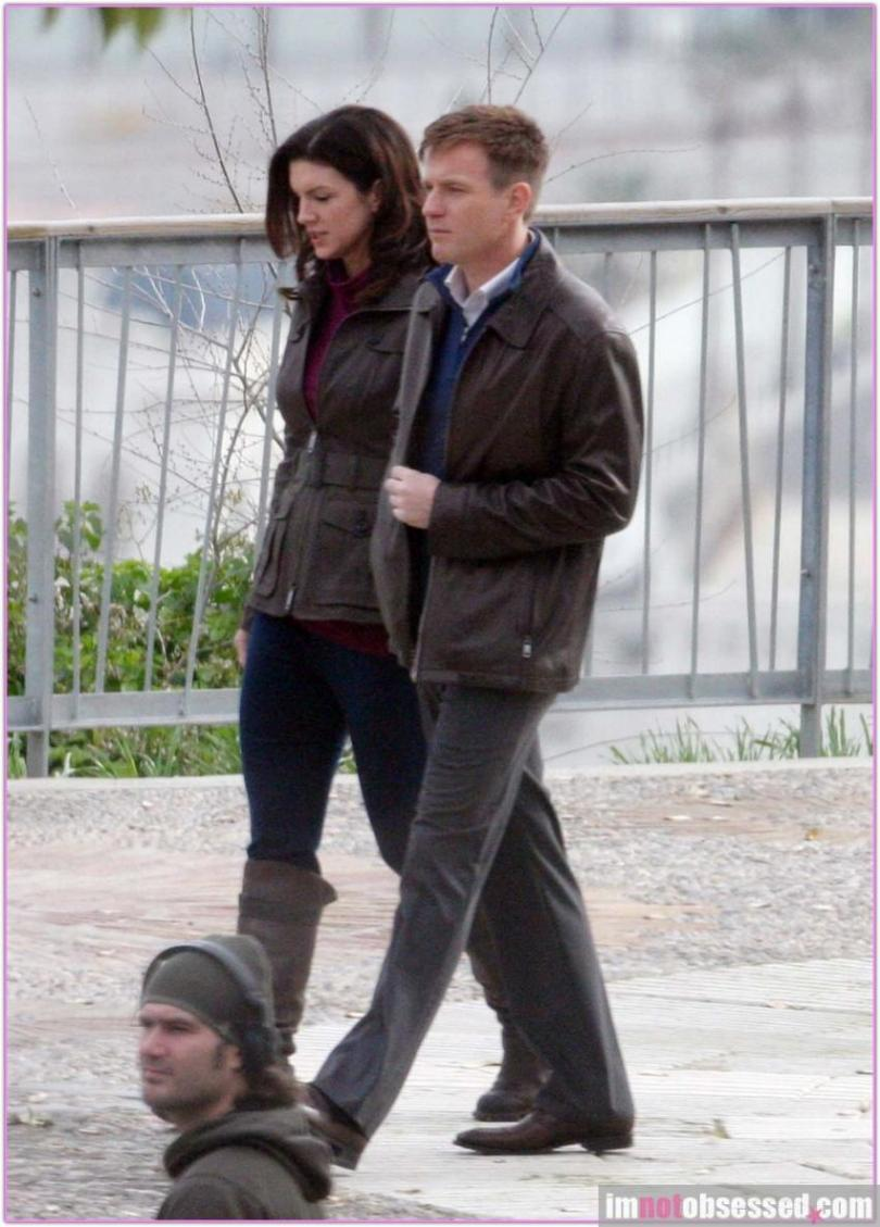 Ewan McGregor Gina Carano Haywire 2011 Set Photos 13