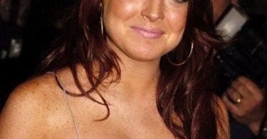 Lindsay Lohan, Cleavage, Red Hair