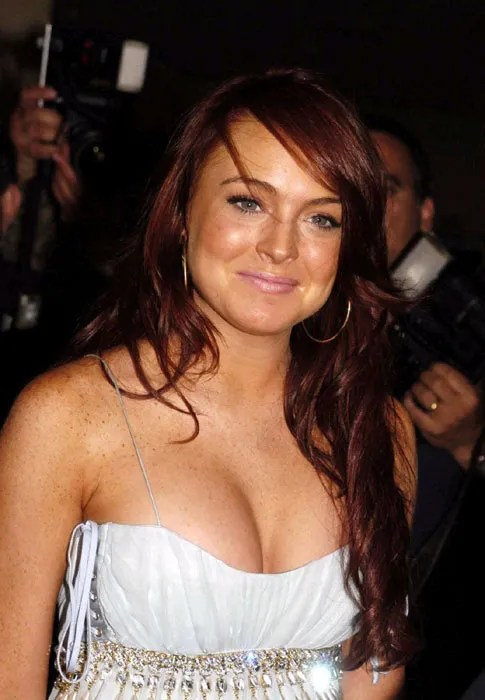 Lindsay Lohan, Cleavage, Red Hair