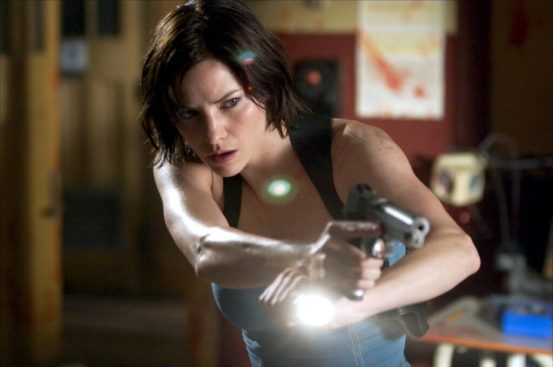 Sienna Guillory, Resident Evil: Apocalypse, 01