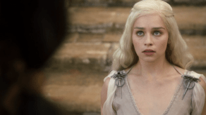 Jason Momoa, Emilia Clarke, Game of Thrones, Winter is Coming, 01