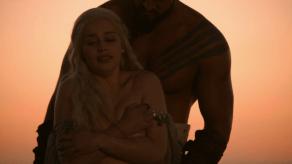 Jason Momoa, Emilia Clarke, Game of Thrones, Winter is Coming, 04