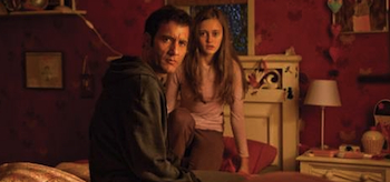 Clive Owen, Ella Purnell, Intruders