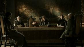 Sean Bean, Aidan Gillen, Game of Thrones, Lord Snow, 01