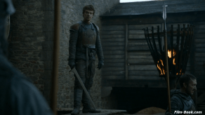 Alfie Allen Game of Thrones Valar Morghulis