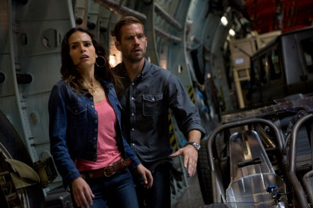 Paul Walker Jordana Brewster Fast and Furious 6