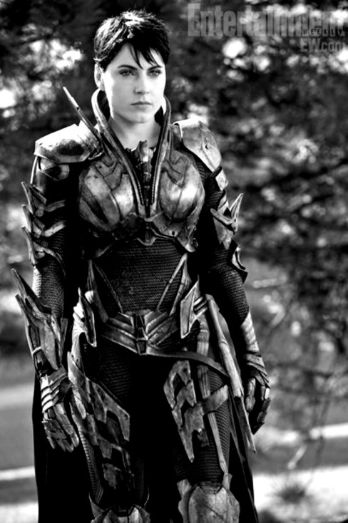 Antje Traue Man of Steel Black and White