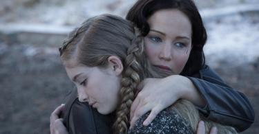 Willow Shields Jennifer Lawrence The Hunger Game