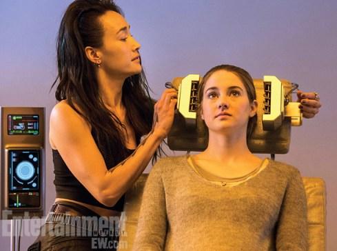 Maggie Q Shailene Woodley Divergent