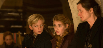 Sophie Nelisse Emily Watson The Book Thief