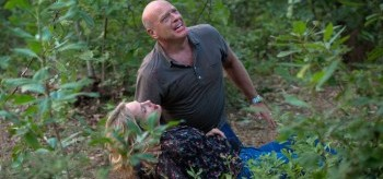 Dean Norris Sherry Stringfield Under the Dome Turn