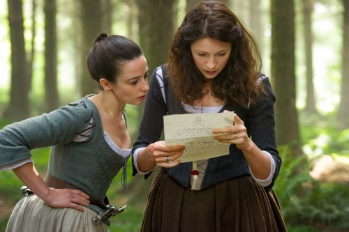 Laura Donnelly Caitriona Balfe Outlander