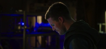 Stephen Amell Arrow Sara