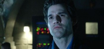 johnny-whitworth-the-100-2.14-bodyguard-of-lies-350x164