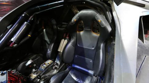 batman-v-superman-batmobile-seats-01