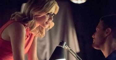 Emily Bett Rickards Stephen Amell Arrow Season 4