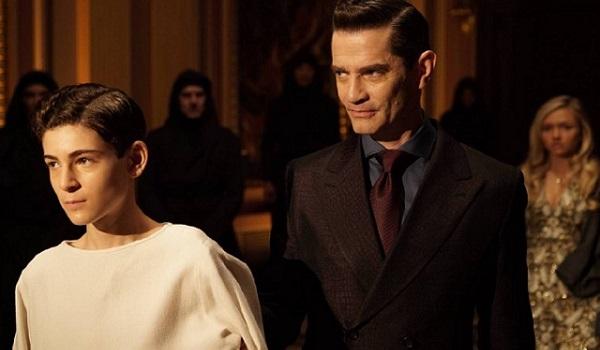 Ben Mckenzie James Frain Natalie Alyn Lind Gotham Worse Than A Crime 600x350