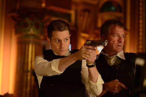 Ben McKenzie Sean Pertwee Gotham Worse Than A Crime