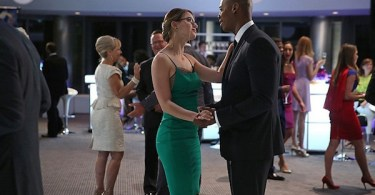 Melissa Benoist Mehcad Brooks Fight or Flight Supergirl