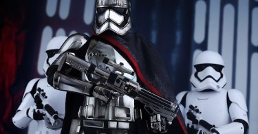 Gwendoline Christie Captain Phasma Star Wars: The Force Awakens