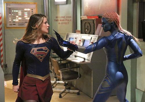 Melissa Benoist Laura Vandervoort Solitude Supergirl
