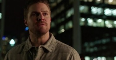 Stephen Amell Arrow Sins of the Father