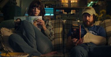 Mary Elizabeth Winstead John Gallagher Jr. 10 Cloverfield Lane