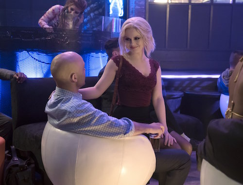 Rose McIver Pour Some Sugar, Zombie iZombie