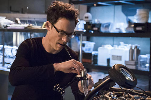 Tom Cavanagh Versus Zoom The Flash