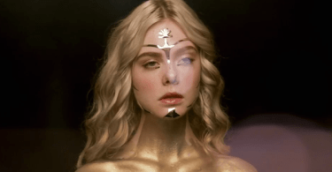 Elle Fanning Gold Makeup The Neon Demon