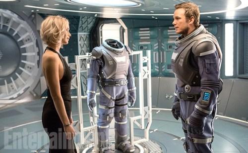 Jennifer Lawrence Chris Pratt Passengers Entertainment Weekly